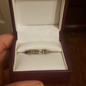 2 Ct. Princess cut 18K white gold wedding band
